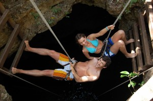 Cenote Rappelling 2